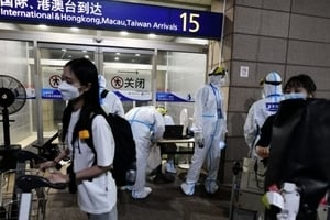 上海疫情升溫 五地列風險區 累計排查逾7萬人