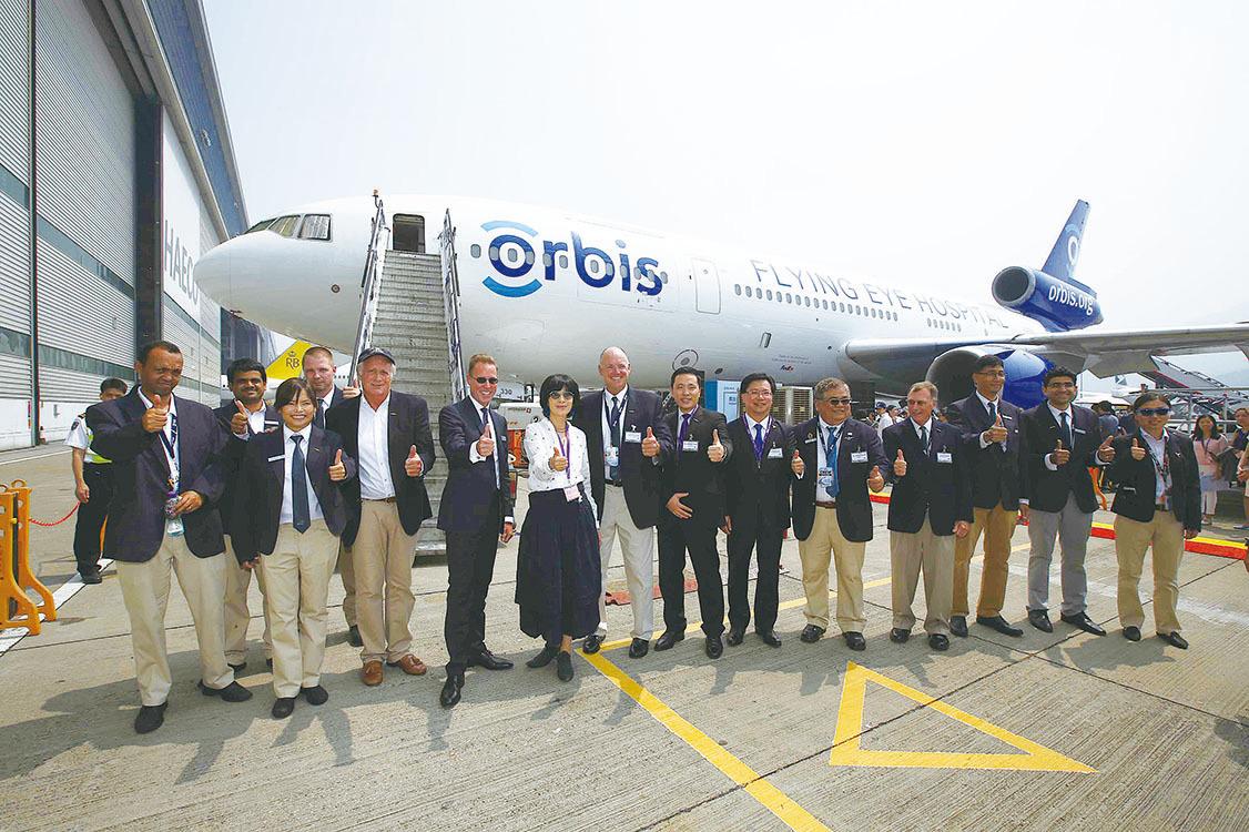 吳君如表示非常慶幸可以登上第3代奧比斯眼科飛機醫院。(公關提供)
