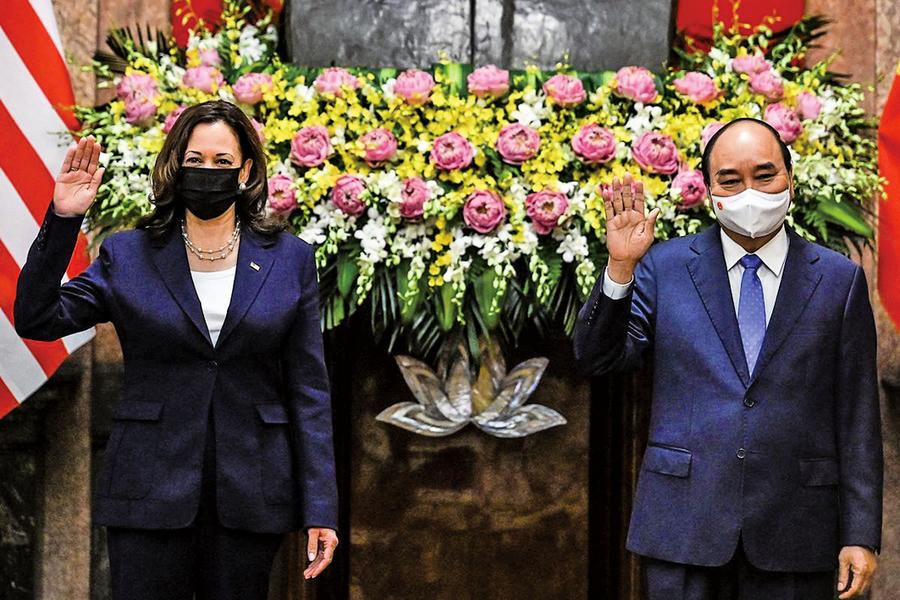 賀錦麗訪問越南 促國際社會遏止中共南海霸凌