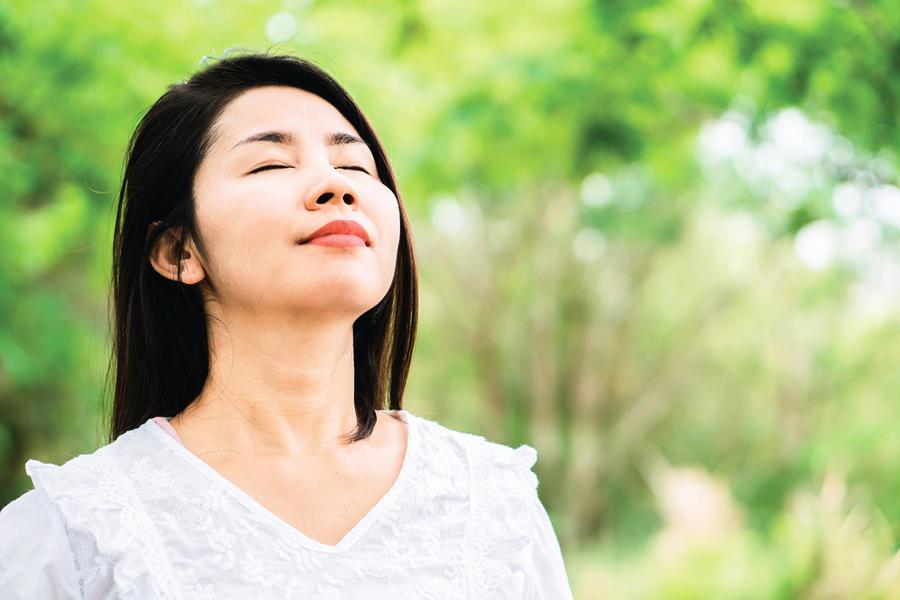 善用呼吸能療癒身心? 專家:通過深呼吸讓身心更穩定