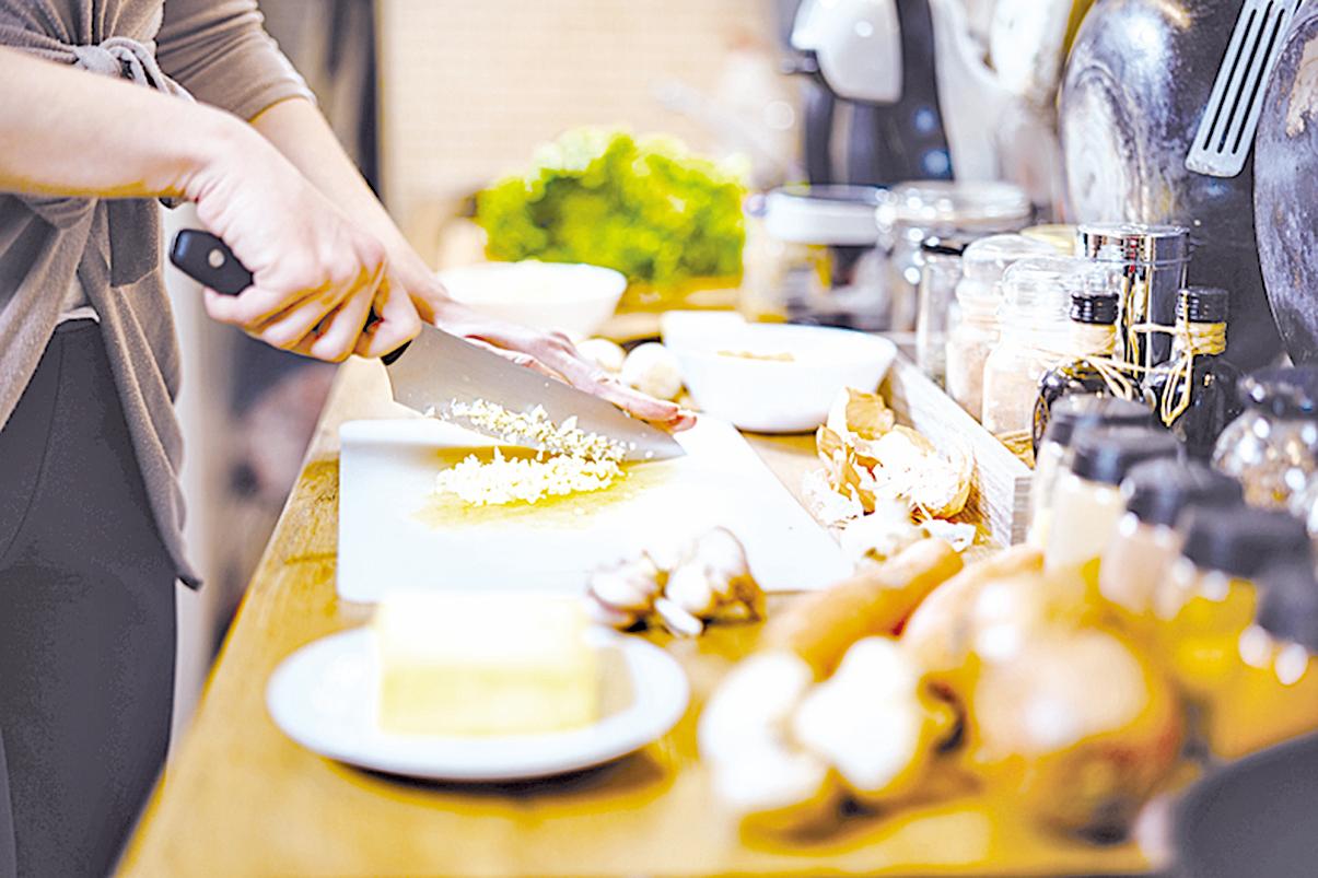 在三餐食譜中加入抗發炎食材,就能達到防病效果。