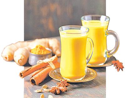 營養又能幫助抗炎的薑黃奶。