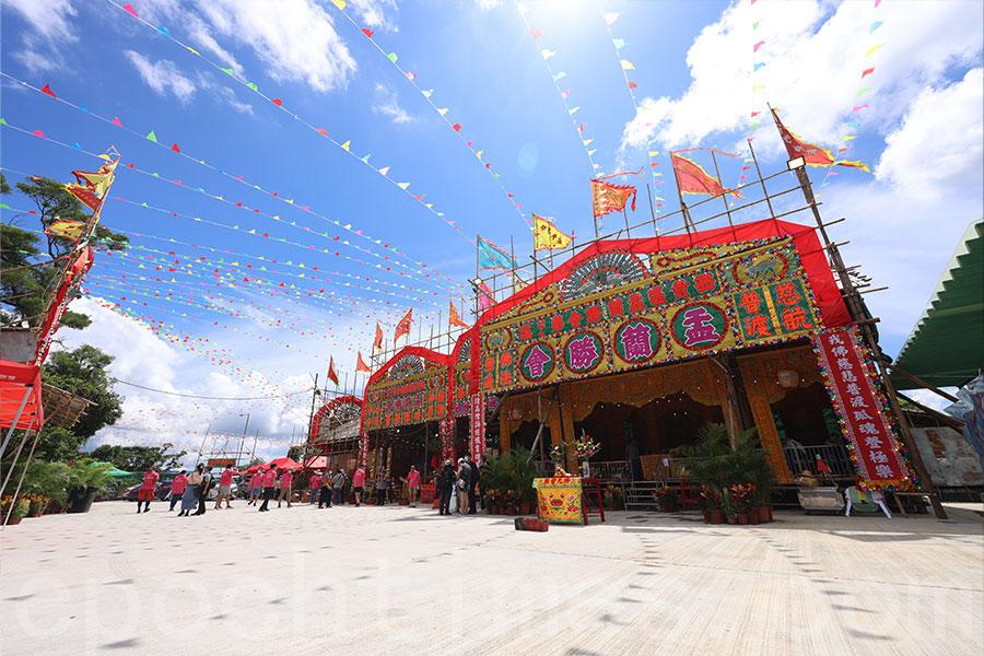 辛丑年西貢區盂蘭勝會一連三日在西貢鹿尾村舉辦。(陳仲明/大紀元)
