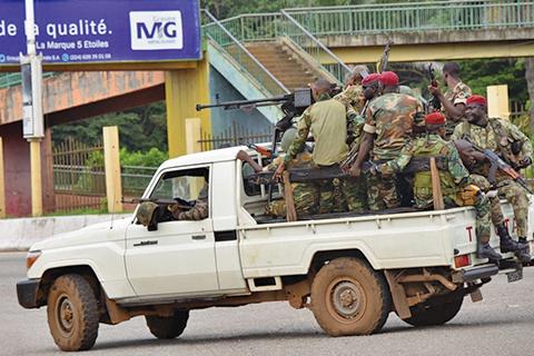 畿內亞軍人政變 總統疑遭逮捕