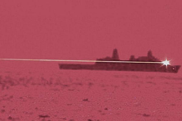 美航母與瀕海戰鬥艦南海會合 激光戰艦進駐日本