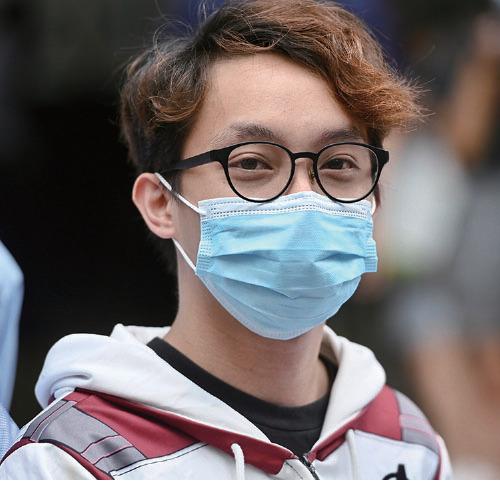正在服刑的前民陣副召集人陳皓桓,昨日在Facebook表示,收到警方通知,因前年9.15港島遊行被加控明知而參與未經批准集結罪。(大紀元資料圖片)