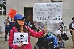 拜登疫苗強制令引辭職潮