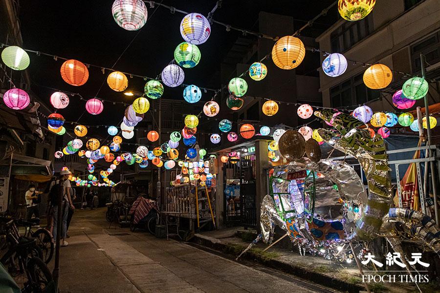 2020年巨大的招潮蟹花燈。(陳仲明/大紀元)