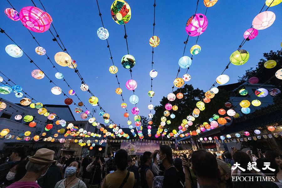 大澳花燈節最後一日  街坊不捨嘆「如今香港好需要一個中秋氣氛」