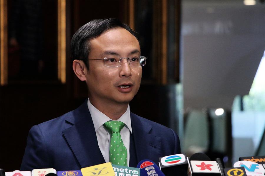 陳沛然宣布不參選下屆立法會 指政治形勢波濤洶湧