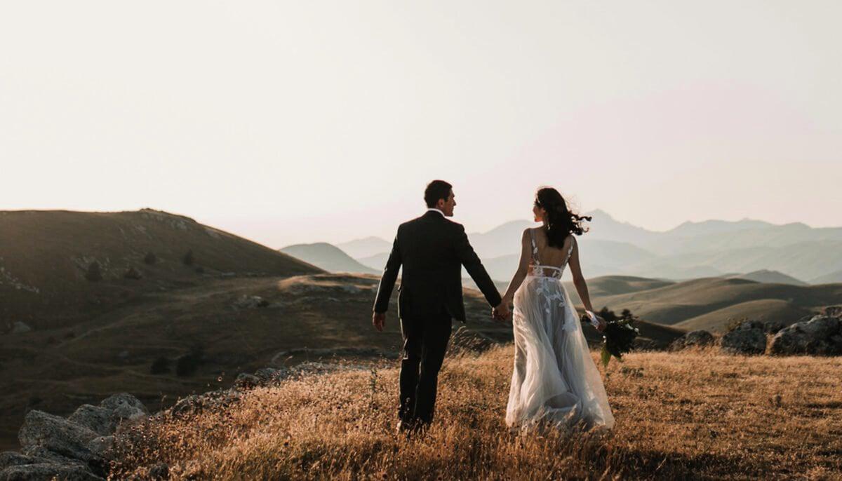 按照西方宗教傳統,婚姻是神所設定的,正常的婚姻有益於家庭及整個社會的發展。(Unsplash)