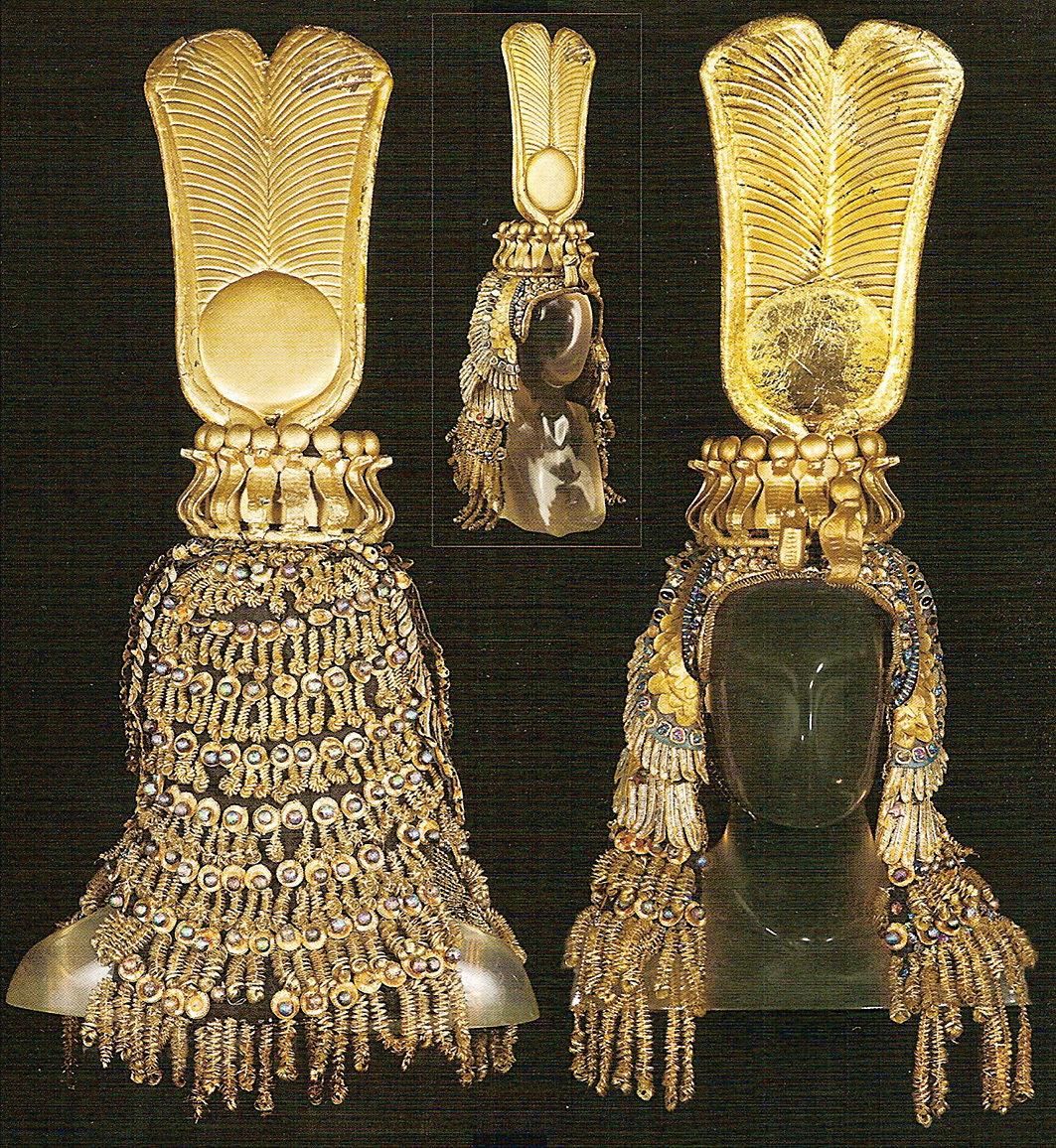 埃及豔后克利奧帕特拉的王冠。(網絡圖片)
