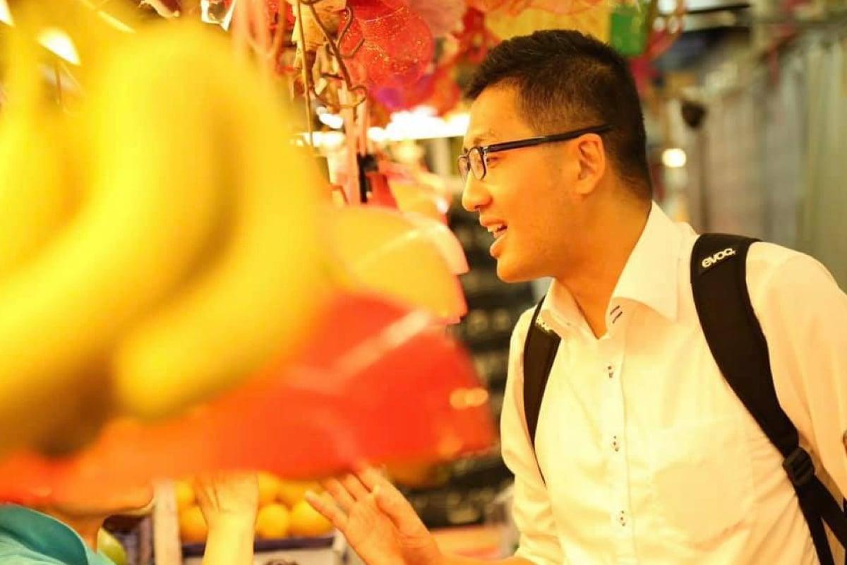 中秋當日,林卓廷於FB隔空跟父母妻兒說聲「對唔住」,又謂今年是首次不能與家人團聚的中秋節。(林卓廷Facebook)