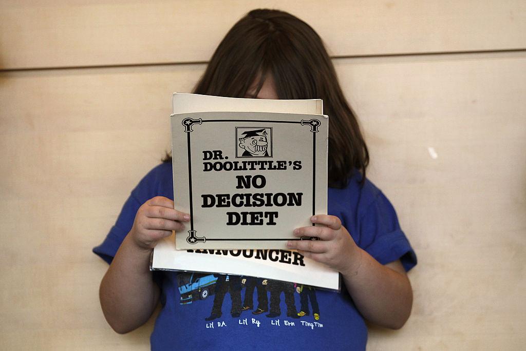 美國疾病控制與預防中心(CDC)日前發表一項研究指出,美國小孩的身體質量指數(BMI)在疫情期間幾乎翻了一番。(John Moore/Getty Images)