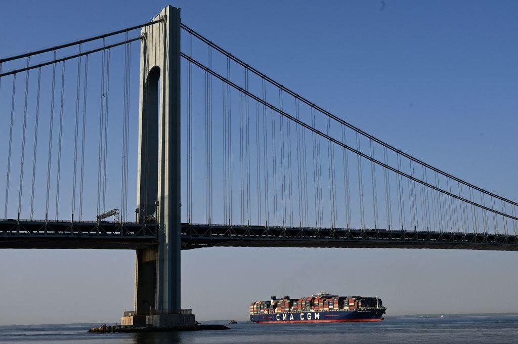 IHS Markit於當地時間9月23日公布9月份美國綜合PMI初值為54.5,乃連續4個月放緩。(TIMOTHY A. CLARY/AFP via Getty Images)