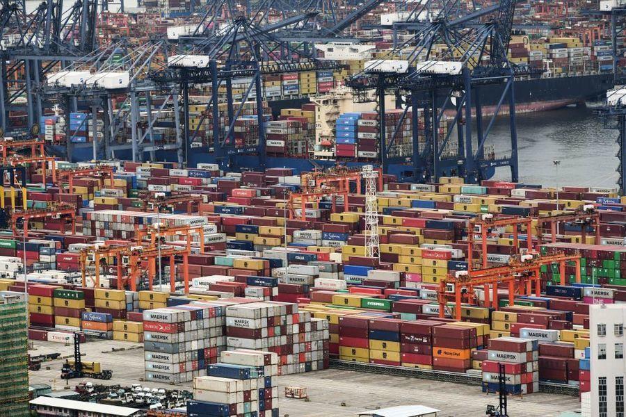 集裝箱還是不夠 中國至美國運費暴漲十倍