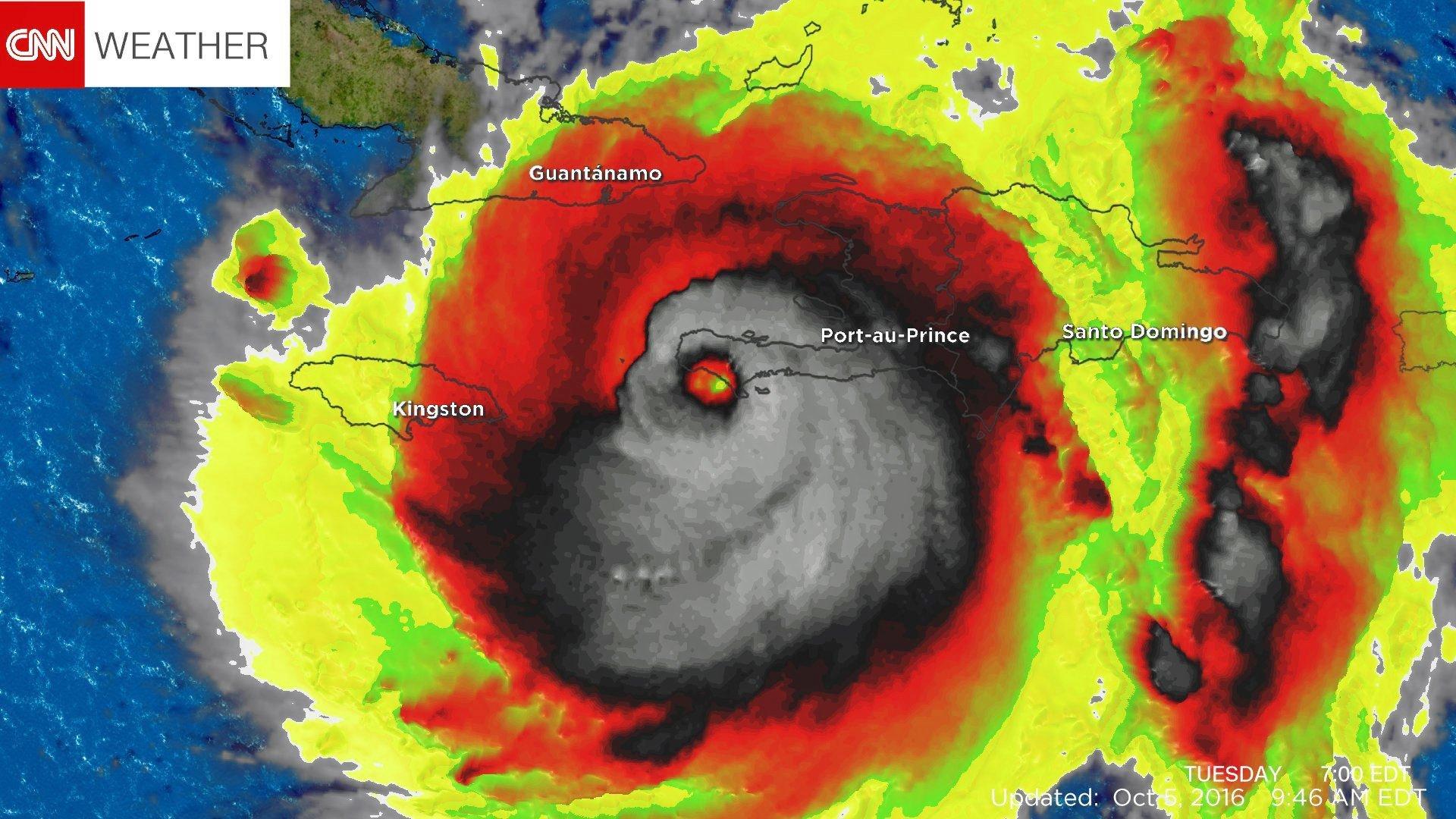 颶風馬修吹襲加勒比海地區時造成多人死亡,有衛星圖片顯示馬修外形如一具骷髏。(CNN圖片)