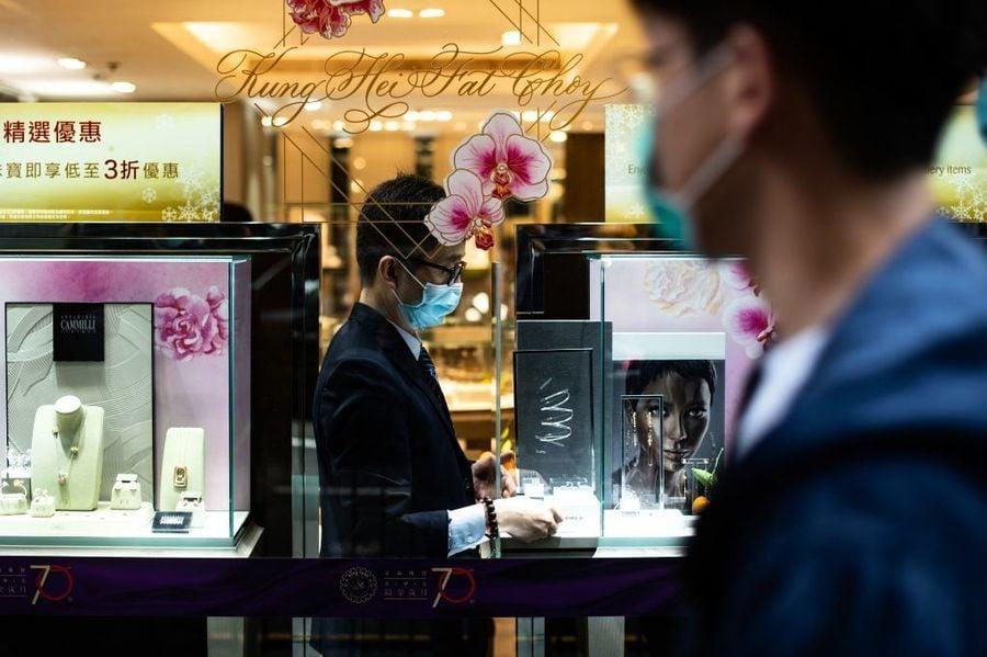 珠寶業8月零售額年增28% 券商普遍看好黃金零售股