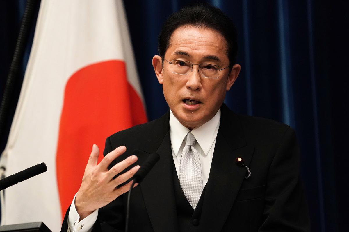 新任日本首相岸田文雄首受質詢時表示,台灣是重要夥伴、友人。上任後首要任務是對抗中共。圖為2021年10月4日,當選日本第100任首相的自民黨總裁岸田在首相官邸新聞發布會上發言。(Toru Hanai - Pool/Getty Images)