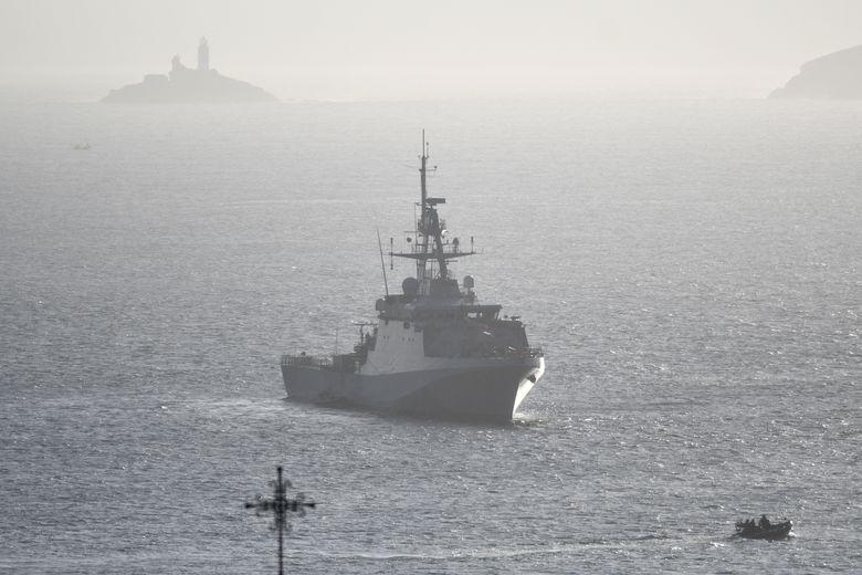 英兩艘艦艇將常駐印太 法軍偵察艦通過台灣海峽