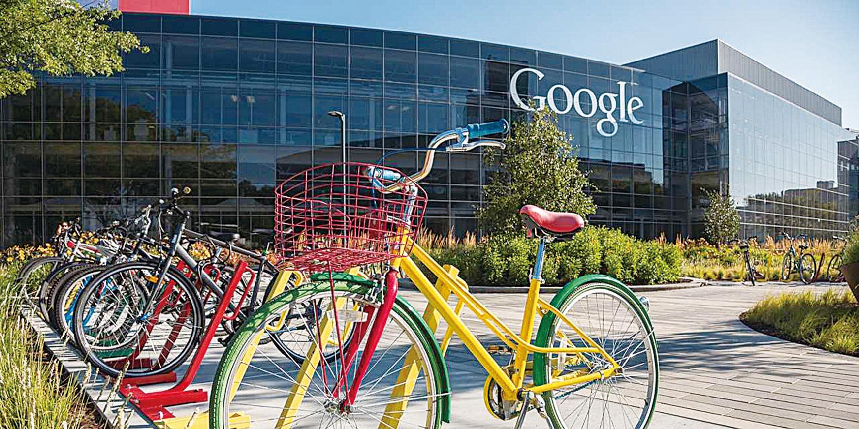 谷歌位於矽谷的公司提供免費單車,方便員工用來往返不同建築之間。