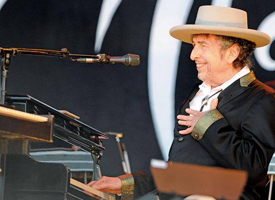 美國歌手巴布狄倫,獲2016年諾貝爾文學獎得主殊榮。(Getty Images)