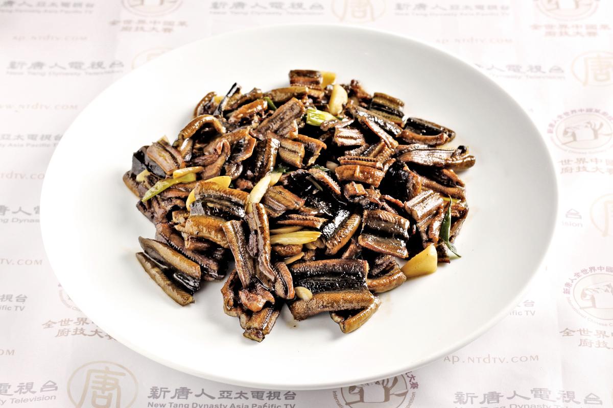 蘇州菜是以甜出名,圖為無錫的炒鱔糊。
