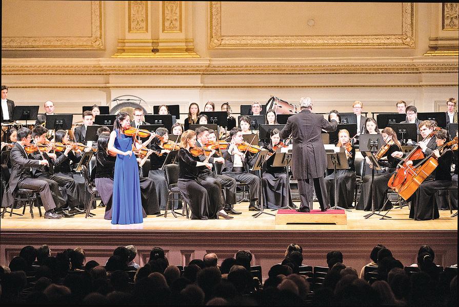 神韻交響樂風靡紐約  音樂家:神韻真神了