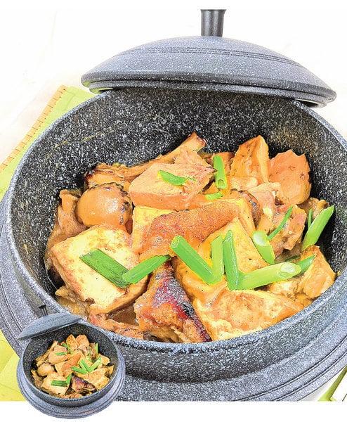 【梁廚美食】蝦醬燜豆腐火腩