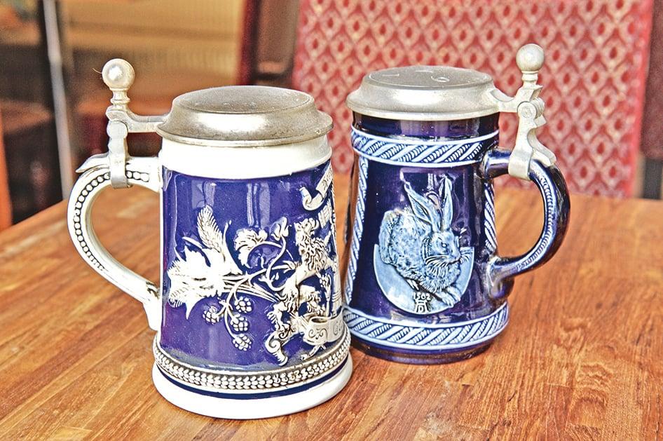 德國啤酒歷史悠久,圖為傳統的德國啤酒杯。