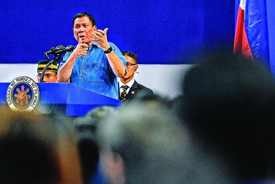 菲律賓總統訪中國 欲謀取利益最大化
