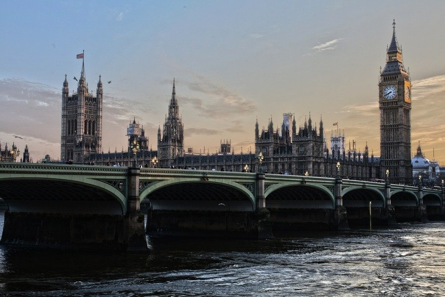 英國澄清 雙重國籍者不受美旅行禁令影響