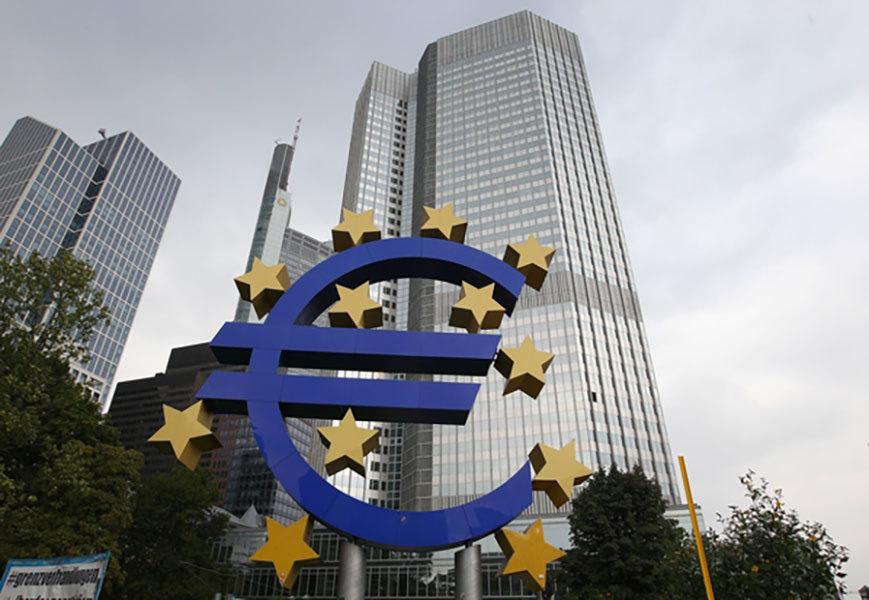 歐盟與加拿大綜合經濟與貿易協定(CETA)近日遭遇阻力。歐盟成員國中,唯獨比利時因該國瓦隆地區(Wallonia)的反對而無法投支持票,令CETA協議前景堪憂,同時也增加了歐元貶值的壓力。(DANIEL ROLAND/AFP/Getty Images)