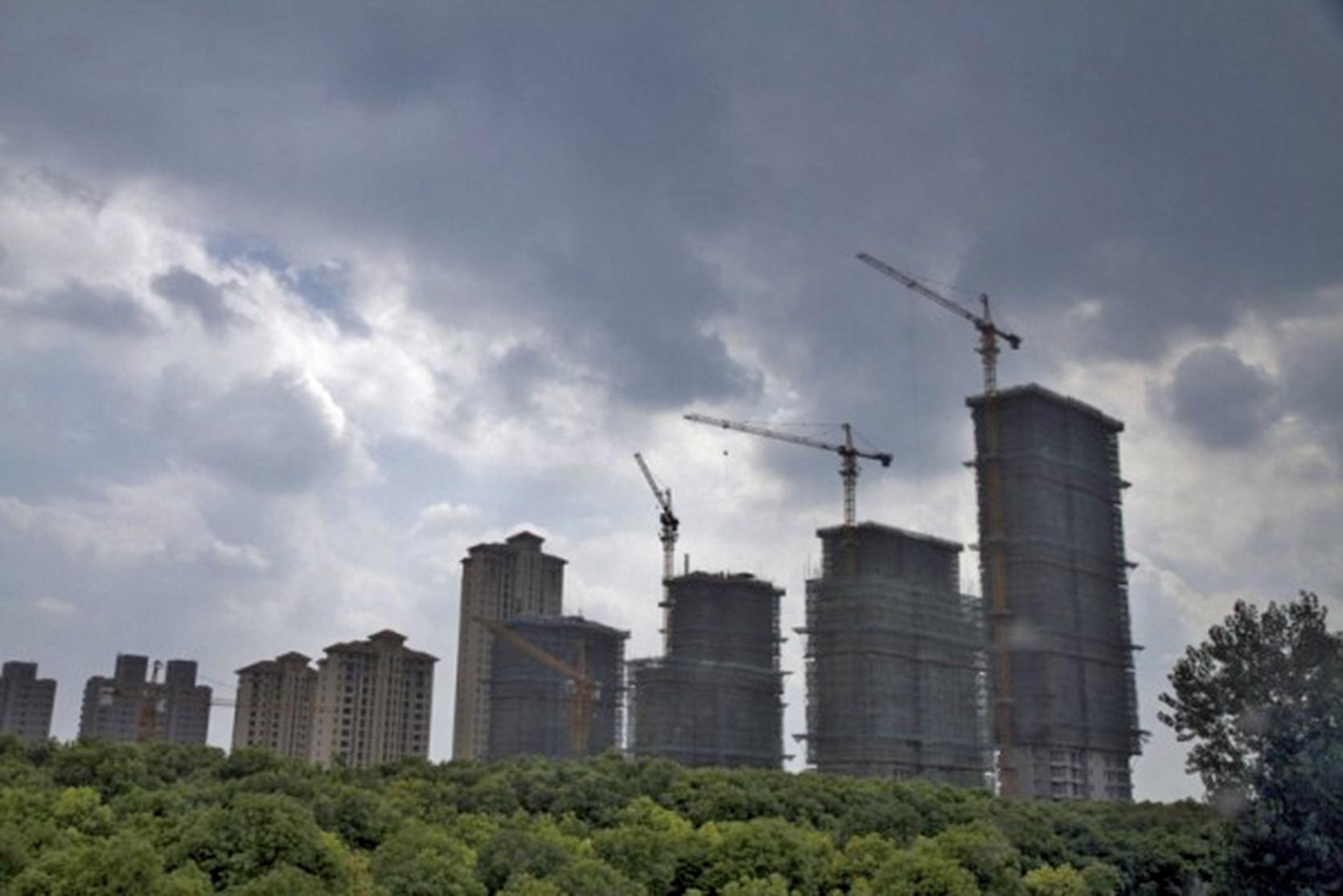 南京樓市從火爆回歸冷清,10月日均成交量與9月相比,暴跌逾50%。(大紀元資料室)