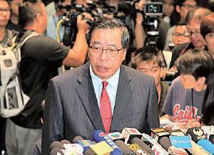 立法會主席梁君彥表示,希望等待法院有裁決後再為兩人監誓。(李逸/大紀元)