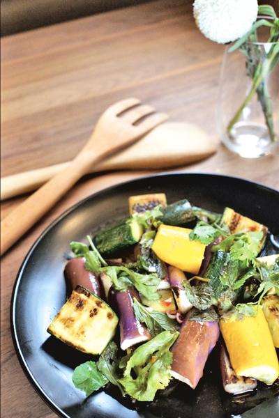 【小•宅•煮•義】難以取代的媽媽味 越式烤蔬菜沙律