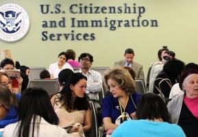 12月23日起 美入籍和移民收費將大漲