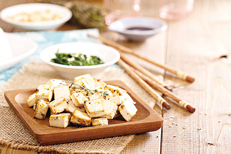 豆腐可幫助素食者補充植物性蛋白,料理方式盡量簡單為佳。