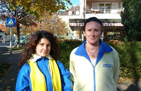 丹娜(右)和科林娜經過多年的找尋,終於找到了法輪功。(文婧/大紀元)