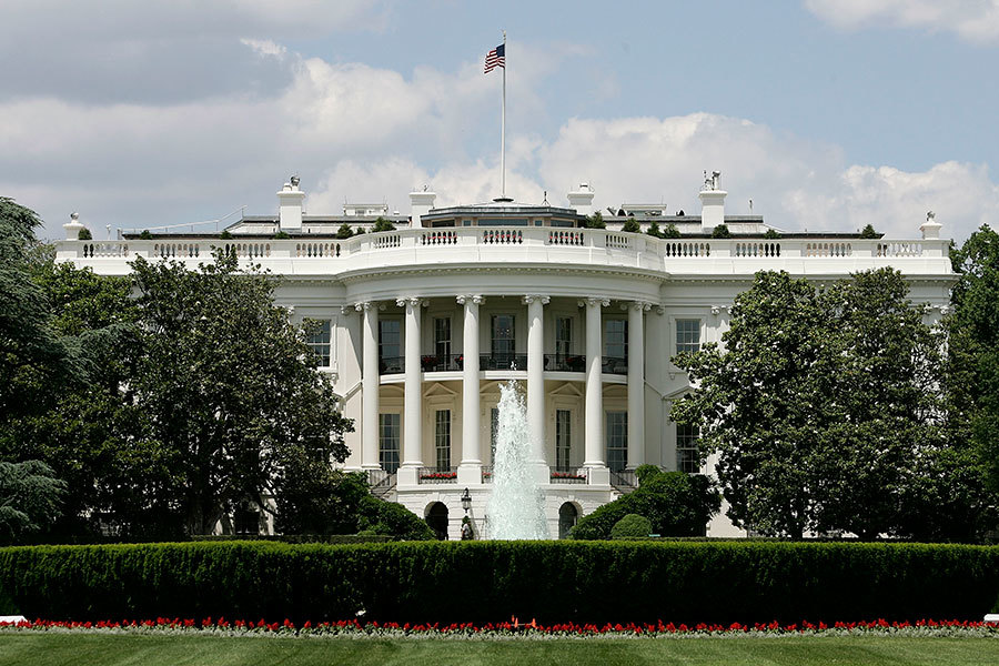 美國總統特朗普將於周二(14日)與德國總理默克爾在白宮舉行會晤,討論包括加強北約、打擊恐怖組織、解決烏克蘭問題及難民等在內的議題。(Alex Wong/Getty Images)