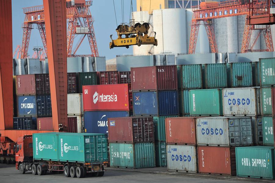 123個疑載毒廢料貨櫃滯港