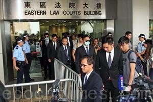 七警案表證成立 被告不出庭自辯