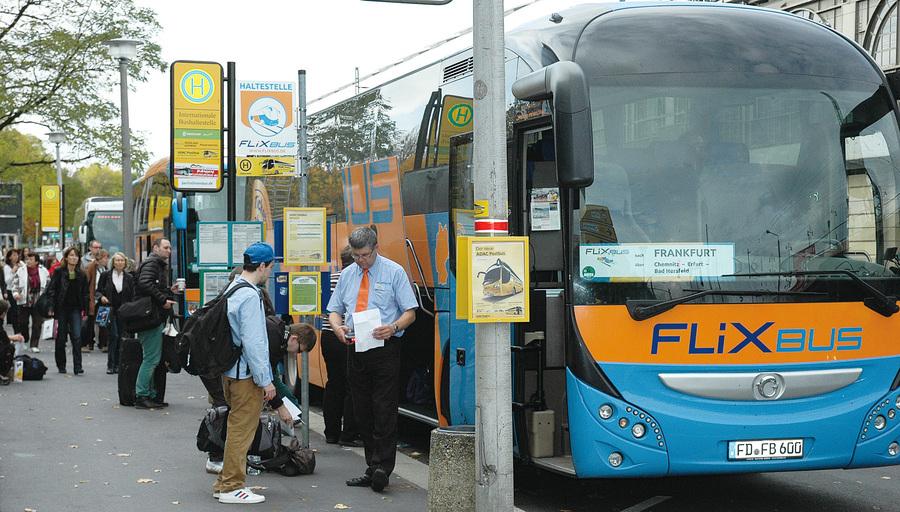四年成市場霸主  德國FlixBus的創業故事