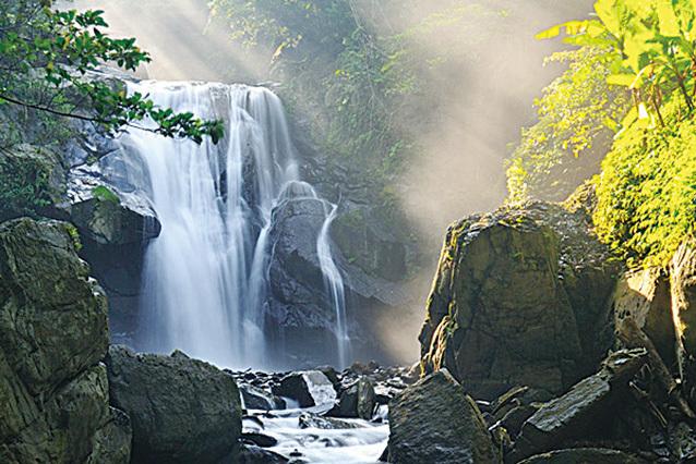 內洞國家森林遊樂區 。(台灣觀光局)