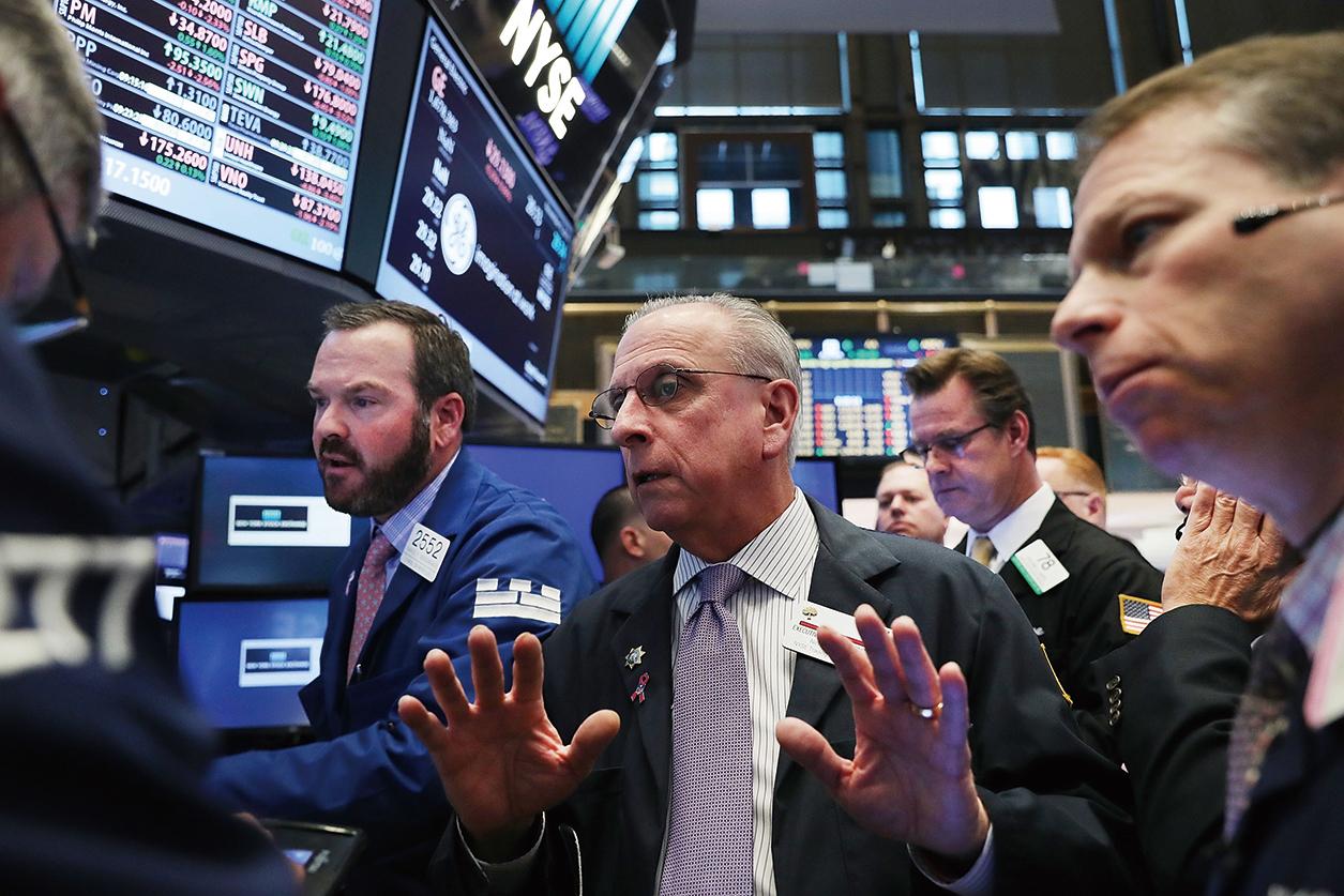 特朗普當選總統,周三美股未如專家預測會暴跌,上演慶祝行情,道瓊斯指數甚至來到3個月前的高點。(Spencer Platt/Getty Images)