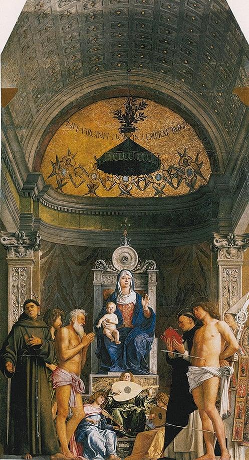 喬瓦尼.貝里尼繪製的祭壇畫《寶座上的聖母》。通過明暗對照使畫面達到戲劇性的舞台劇效果。(維基百科公共領域)