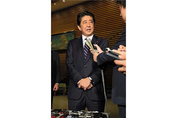 特朗普獲勝,賭注壓在希拉莉獲勝的日本政界「心情複雜」,首相安倍自感「羞愧難當」,非常不滿誤判選情的外務省,責問「怎麼結果會截然不同?」(Getty Images)