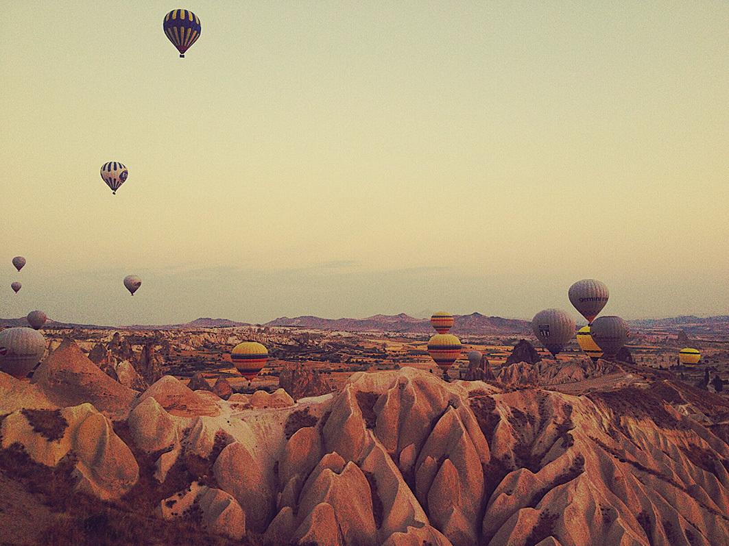 土耳其當地的知名景點卡帕多奇亞。(土女時代提供)