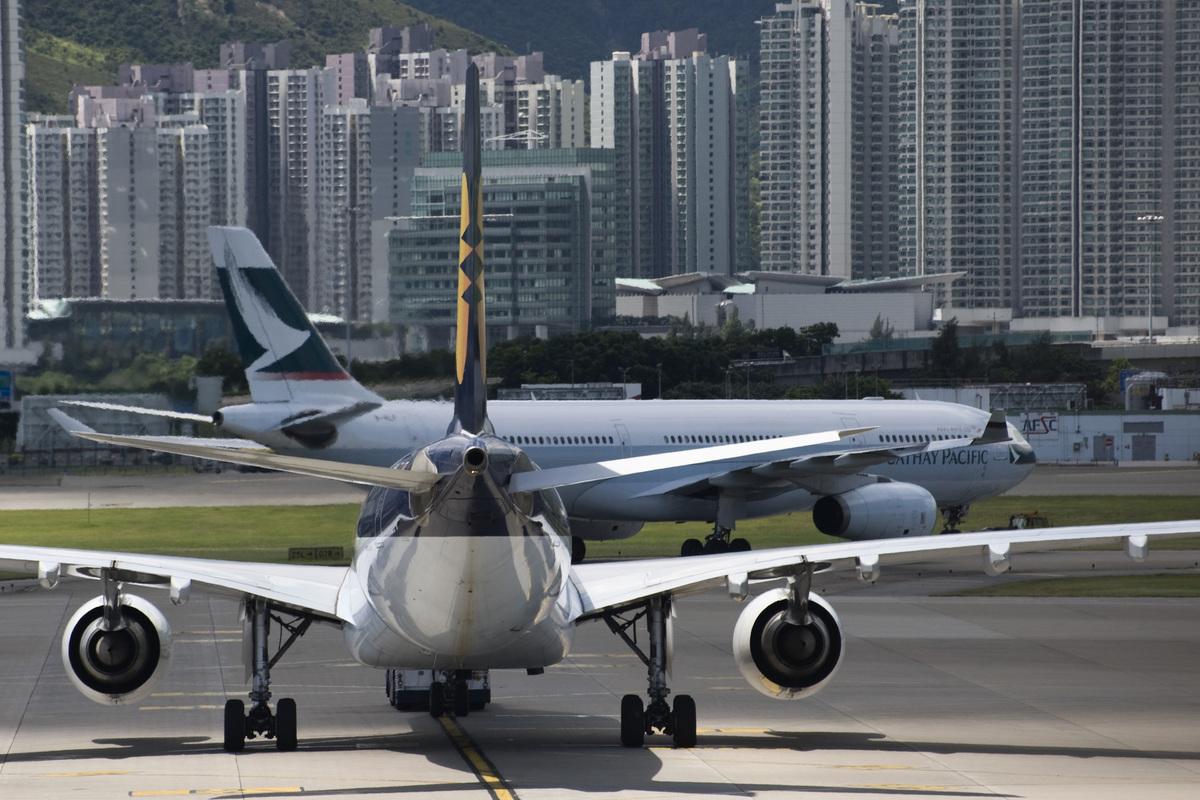 每班大型客機運載多達起碼二百名乘客連機組人員,因此航空安全非常重要。(大紀元資料圖片)