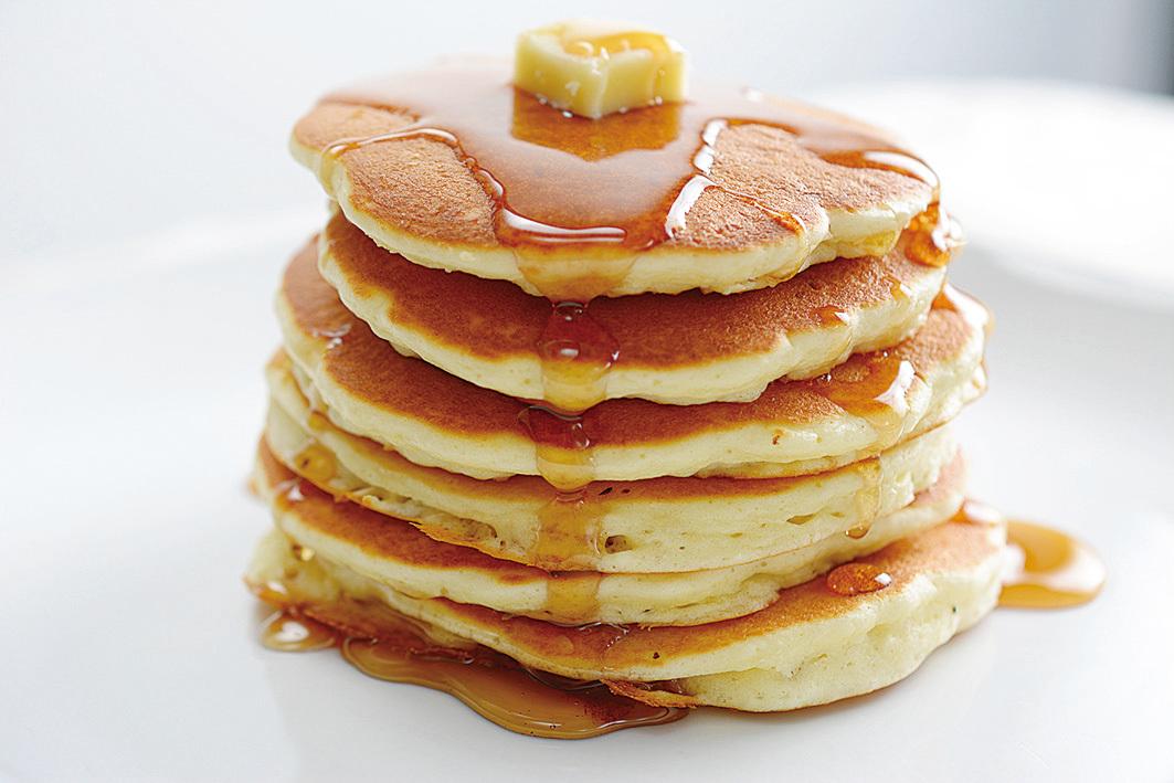 籌款早餐有烤餅,人們可以按自己的口味澆上楓糖汁或蜂蜜。(Fotolia)